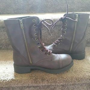 Brash oxblood boots 7